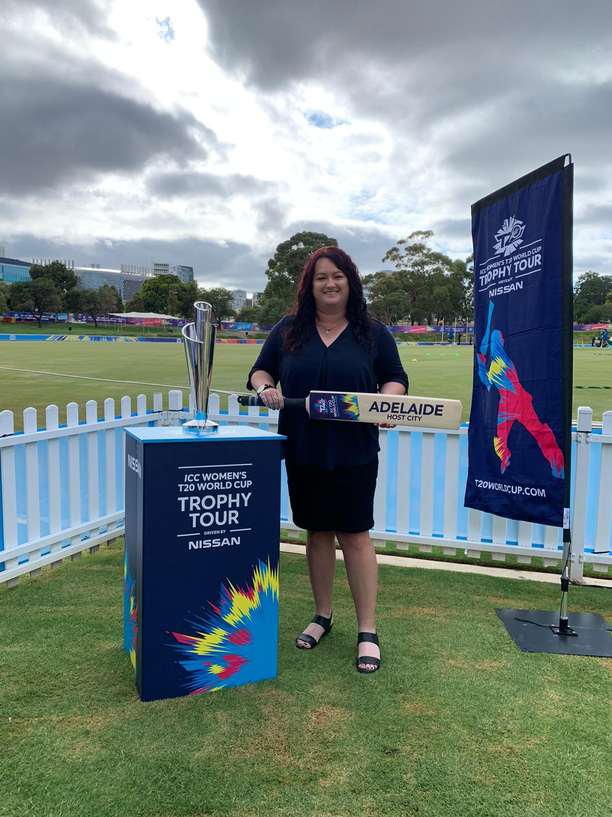 Karenrolton with icc t20 trophy