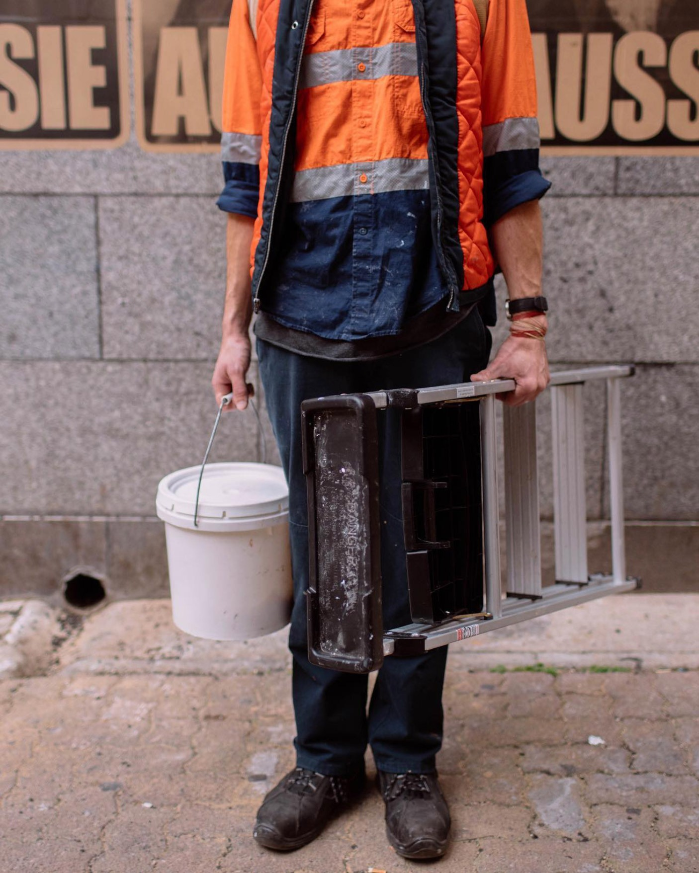 Peter drew with bucket and ladder resize